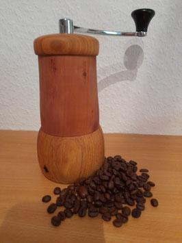 Baristakaffeemühle aus  Apfel und Birnenholz