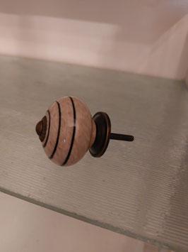 ronde knop met zwarte swirl, 4 cm, prijs per stuk.