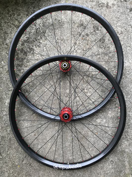 TOPWHEELS LIGHT BICYCLE CARBON 30 27,5