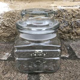 Vorratsdose aus gemustertem Glas mit Deckel
