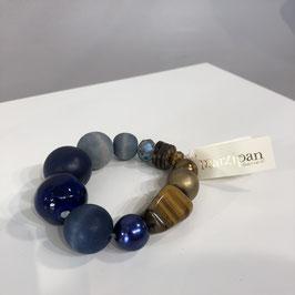 """Blaues Armband von """"Marzipan"""""""