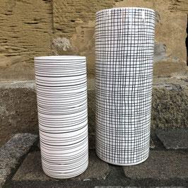 Vase zylinderförmig schwarz/weiß