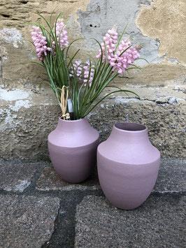 Kleine Vase in Rosa oder Weiß