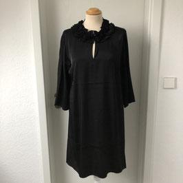 Schwarzes Masai Kleid *Seidenfeeling* mit Rüschenkragen
