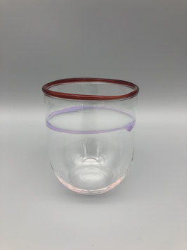Trinkglas in Lila-Rot