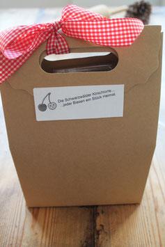 Echte Schwarzwälder Kirschtorte - Backset zum Selberbacken - tolles Geschenkset