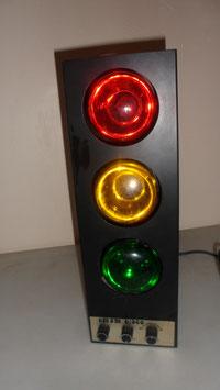LAMPE DISCO AVEC 3 AMPOULES . S'ECLAIRE  EN LUMIERE FIXE. CM3M DISCO