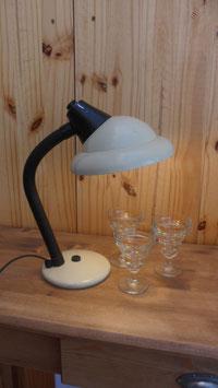 LAMPE DE BUREAU FLEXIBLE COULEUR CREME .