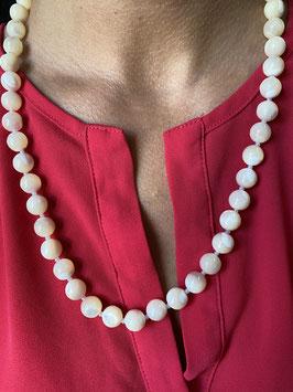 Collier ancien en perles de nacre