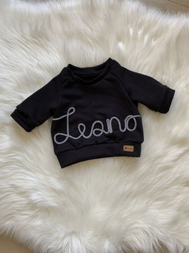 Namenssweater black
