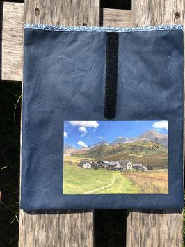 Lukmanier Alp Piora | Oilskin Jeansblau
