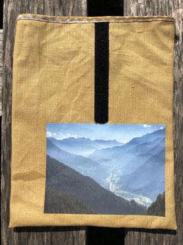 Piora Richtung Valle Leventina | beschichteter Leinenstoff Senf
