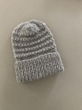 Mütze RICCARDA mit Umschlag hellgrau