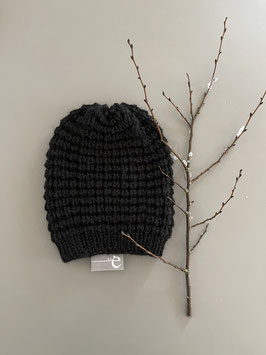Mütze NEVIA lang schwarz
