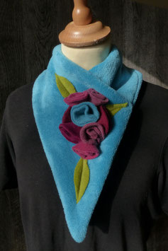 Col Echarpe Bleu Turquoise - Boutons de roses Roses