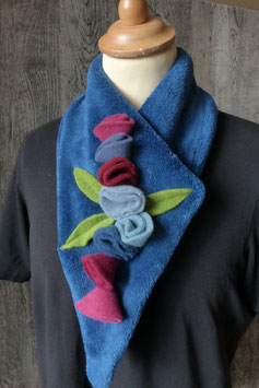 Col Echarpe Bleu Marine - Boutons de roses bleus et roses