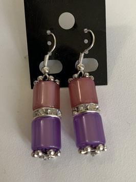 Ohrringe aus glänzenden Polarisröhren 8mm in altrosa und lila mit Straßzwischenteil