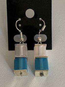 Ohrringe Polariswürfel glänzend 6 mm in weiß und türkis