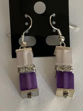 Ohrringe Polariswürfel glänzend 6 mm in weiß und lila mit Straßzwischenteil
