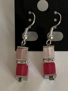 Ohrringe Polariswürfel 4 mm in rosa und pink mit Straßzwischenteil
