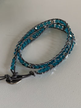 Wickelarmband mit Glaskristallsteinen in türkis und grau
