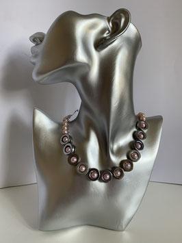 Silberfarbige Elemente aus Hämatit mit Glaswachsperlen in rosa