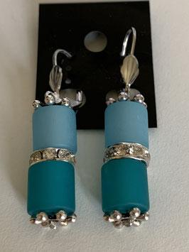 Ohrringe aus matten Polarisröhre 8mm in Türkistöne mit Straßzwischenteil