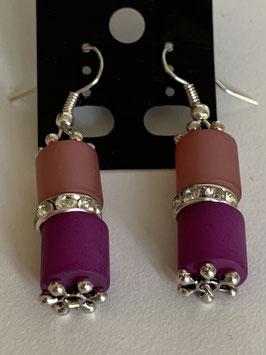 Ohrringe aus matten Polarisröhren 8 mm in altrosa pink mit Straßzwischenteilen
