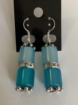 Ohrringe aus glänzenden Polarisröhren 8mm in Türkistönen mit Straßzwischenteil