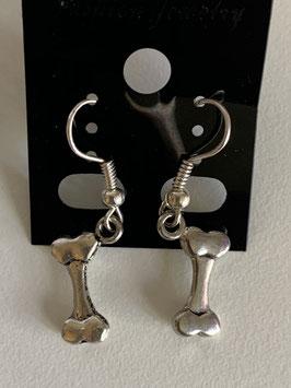 Ohrringe mit Anhänger Knochen