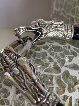 Geflochtenes Lederarmband mit Krokodilköpfen