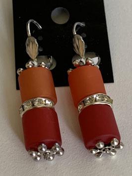 Ohrringe aus matten Polarisröhre 8mm in orange und dunkelrot mit Straßzwischenteil