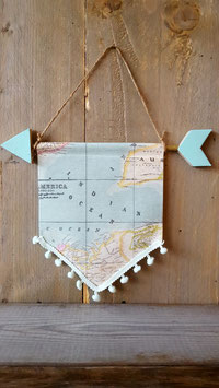 wand hanger world blue