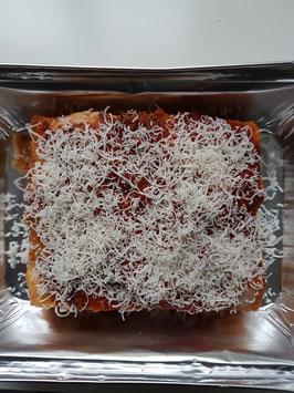 Hausgemachte Lasagne originale bolognese