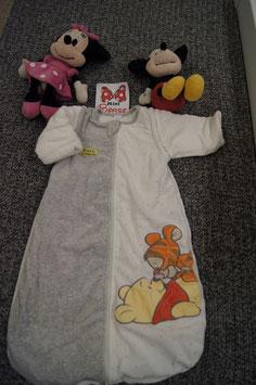 Schlafsack Gr. 70, weiss-grauer Schlafsack mit Winnie Pooh
