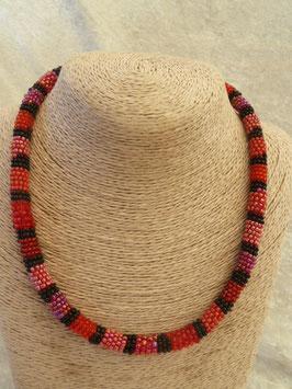 Roccailles-Afrika-Halskette rot-schwarz