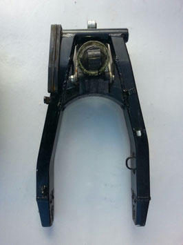 Suzuki GSX 600 F Bandit - originale Schwinge mit Stoßdämpfer und Umlenkung