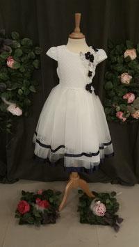 Kleed wit met blauwe bloemen