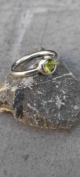 "Ring ""Farbenfroh"" (Peridot)"