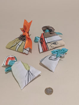 64. Hand made lavender bags x 4 - Stocking fillers!