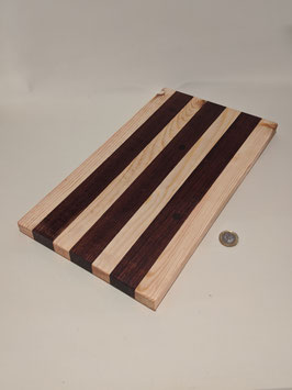 170.  Cheese/chopping board made from 2 different woods. No mouse this time.