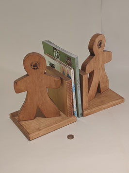 82. Gingerbread Men Bookend pair.