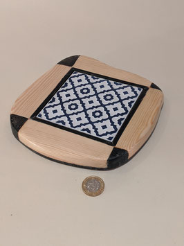 159. Wood and ceramic Teapot stand/trivet