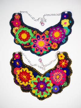 Flower power, bunte Halskette (gelb-grün) aus Mexiko
