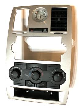 Chrysler 300c Mittelkonsole