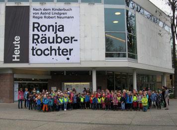 Schuljahr 2014/15 Staatstheater Stuttgart