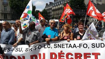 Manifestation 11 juin 2015 PLP contre réforme du collège SNETAA FO Martine PROU secrétaire académique SNETAA-FO Versailles SNFOLC Jacques Paris