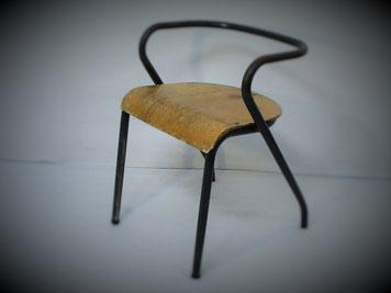 kids,enfants,vntage,authentique,ancien,bureau,chaise,fauteuil,déco,indus,design,rotin