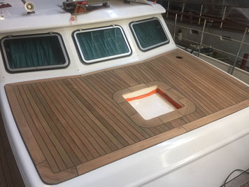 teak kofferdek motorboot verbeteren