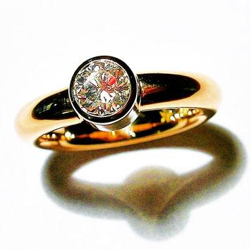 roltgoldring mit diamant